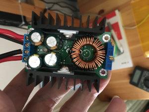 降圧型 DC-DC コンバーター